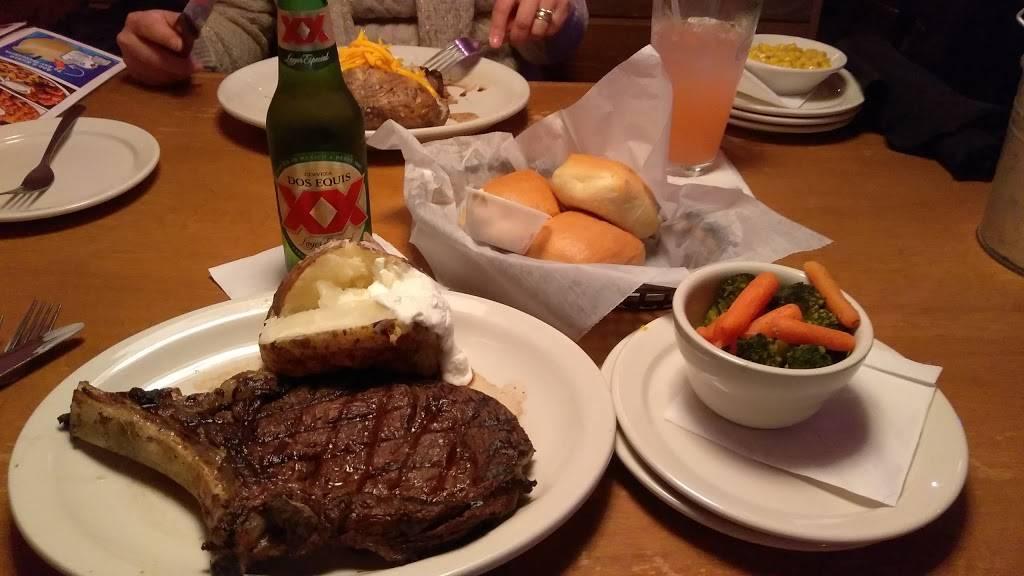 Texas Roadhouse | restaurant | 18345 South La Grange Road, Tinley Park, IL 60487, USA | 7084448358 OR +1 708-444-8358