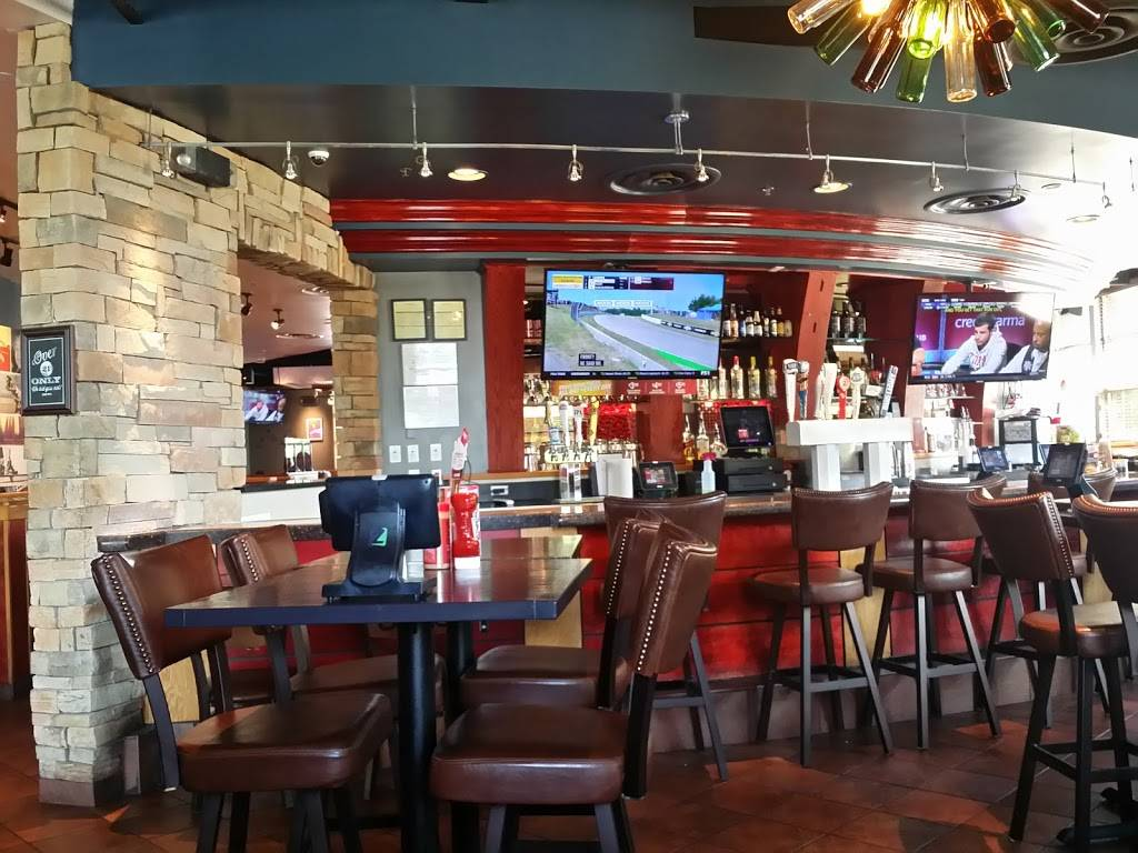 Red Robin Gourmet Burgers and Brews | restaurant | 10211 Collierville Rd, Collierville, TN 38017, USA | 9018547645 OR +1 901-854-7645