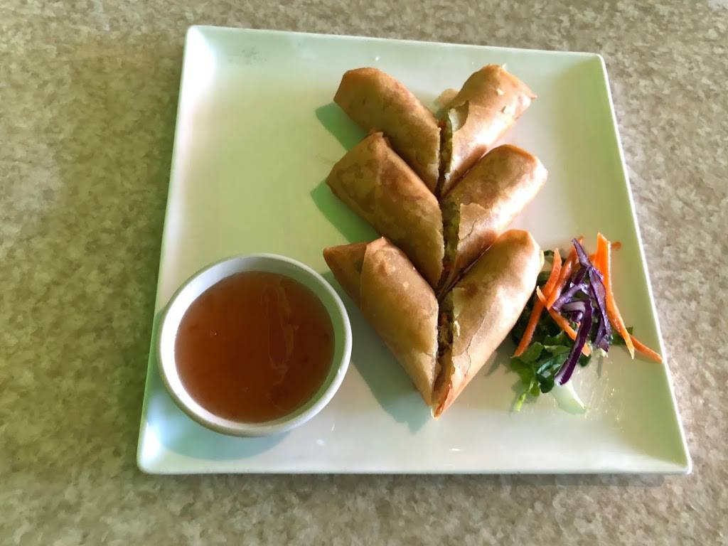 Thai Cafe | restaurant | 925 Manhattan Ave, Brooklyn, NY 11222, USA | 7183833562 OR +1 718-383-3562