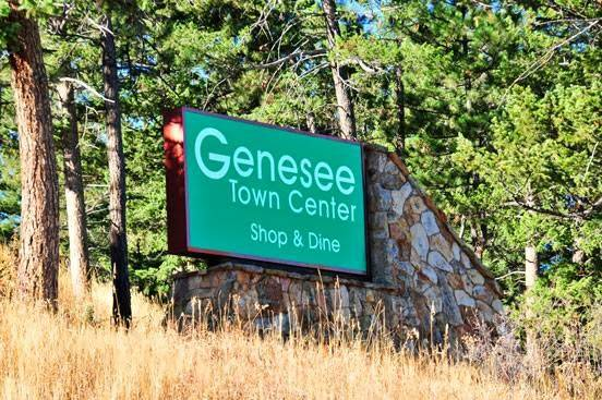 Genesee Town Center | shopping mall | 25918 Genesee Trail Rd, Golden, CO 80401, USA | 3035265521 OR +1 303-526-5521