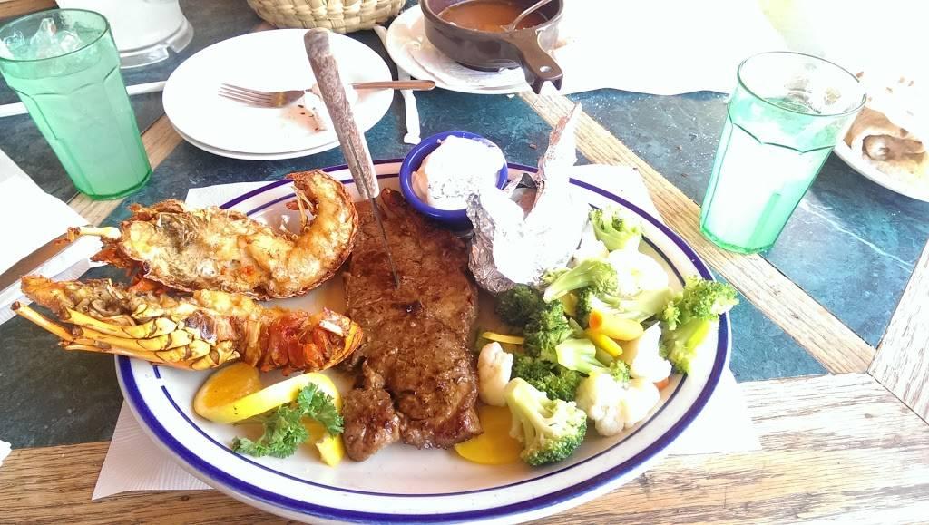 Restaurant-bar Playa Delfin | restaurant | Paseo del mar 13, Rosarito, 22710 Puerto Nuevo, B.C., Mexico | 016616140884 OR +52 661 614 0884