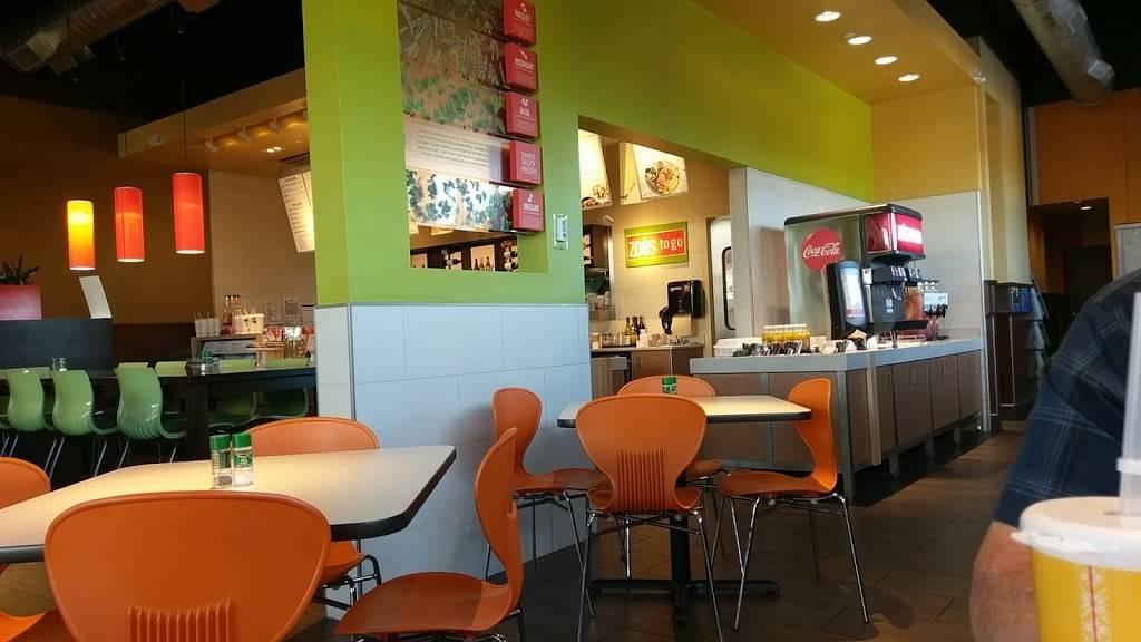 Zoës Kitchen | restaurant | 2031 Colonial Ave SW, Roanoke, VA 24015, USA | 5409040399 OR +1 540-904-0399