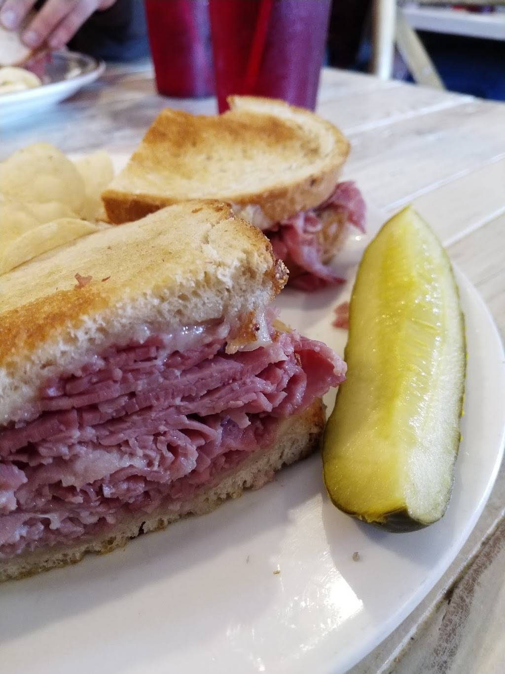 Bodes Corn Beef House | restaurant | 280 N Main St, Plymouth, MI 48170, USA | 7344531883 OR +1 734-453-1883