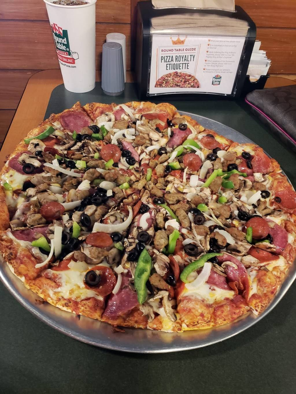 Round Table Pizza Meal Delivery 9824 N Magnolia Ave