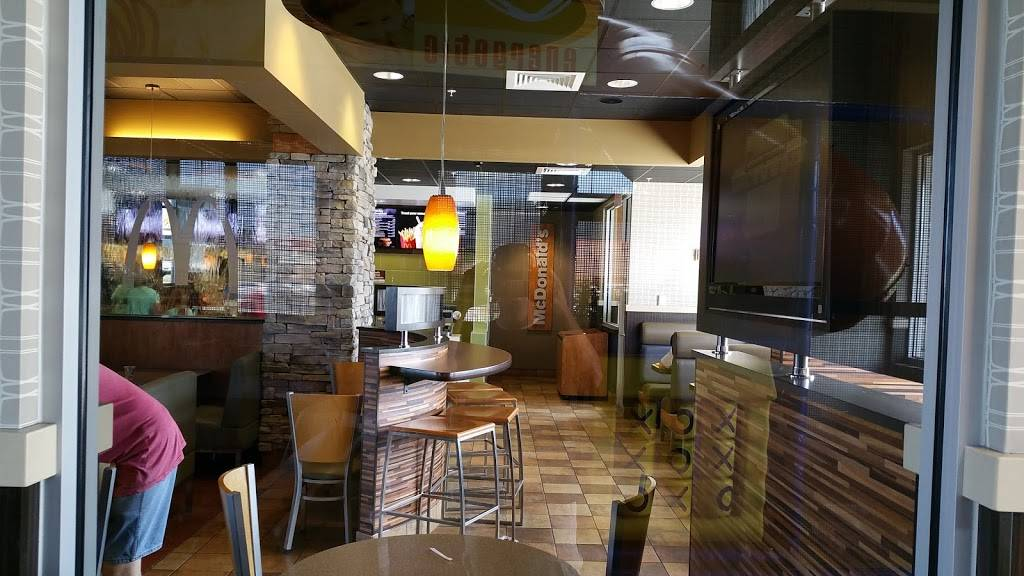 McDonalds | cafe | 5413 S 1900 W, Roy, UT 84067, USA | 8018255513 OR +1 801-825-5513