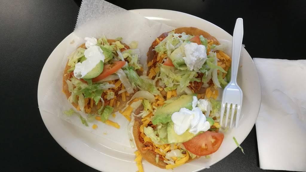 Santos Cafe | cafe | 603 Isom Rd #105, San Antonio, TX 78216, USA | 2105242370 OR +1 210-524-2370