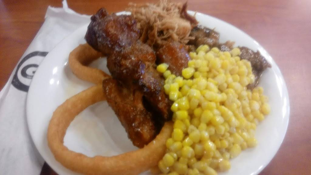 Golden Corral Buffet & Grill   meal takeaway   3761 Northpointe Dr, Zanesville, OH 43701, USA   7405881905 OR +1 740-588-1905