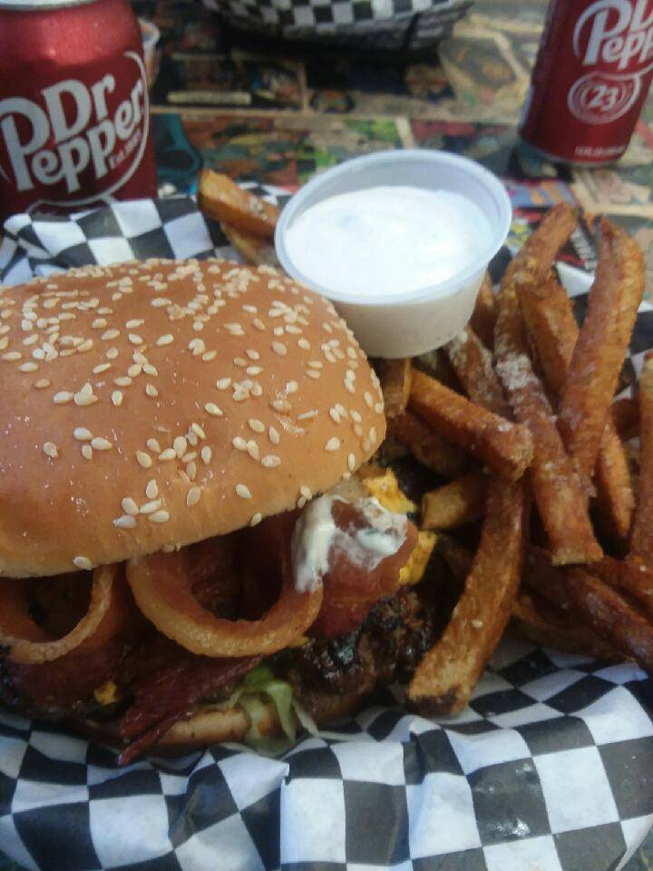 Bistro Burger | restaurant | 1500 Goodnight Blvd, Wills Point, TX 75169, USA | 9032889439 OR +1 903-288-9439