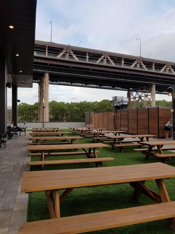 Estate Garden & Grill | restaurant | 8-08 Queens Plaza S, Long Island City, NY 11101, USA | 7182896118 OR +1 718-289-6118
