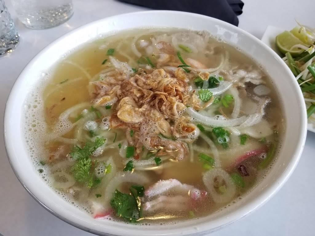 Pho Tam   restaurant   6959 Dempster Street, Niles, IL 60714, USA   2244705140 OR +1 224-470-5140