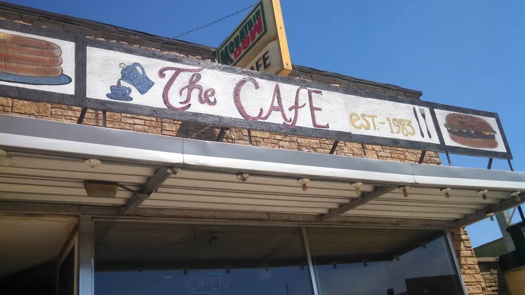 The Cafe | restaurant | 116 E Ormsby St, Oxford, WI 53952, USA | 6085864141 OR +1 608-586-4141