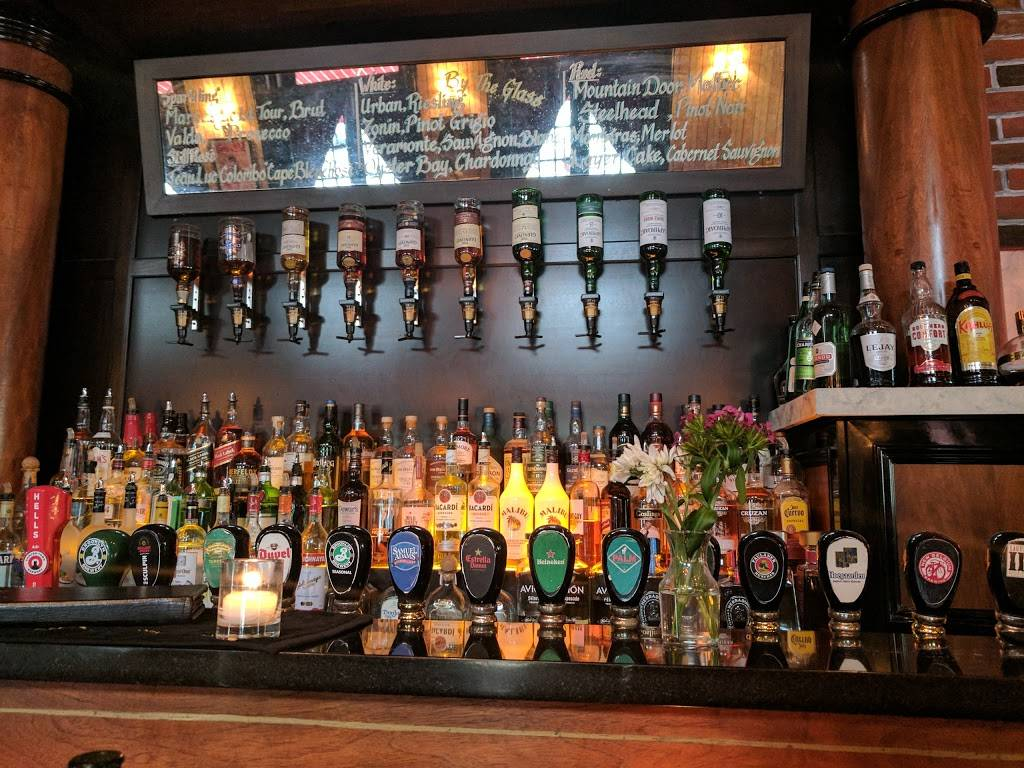 GMT Tavern | restaurant | 142 Bleecker St, New York, NY 10012, USA | 6468633776 OR +1 646-863-3776