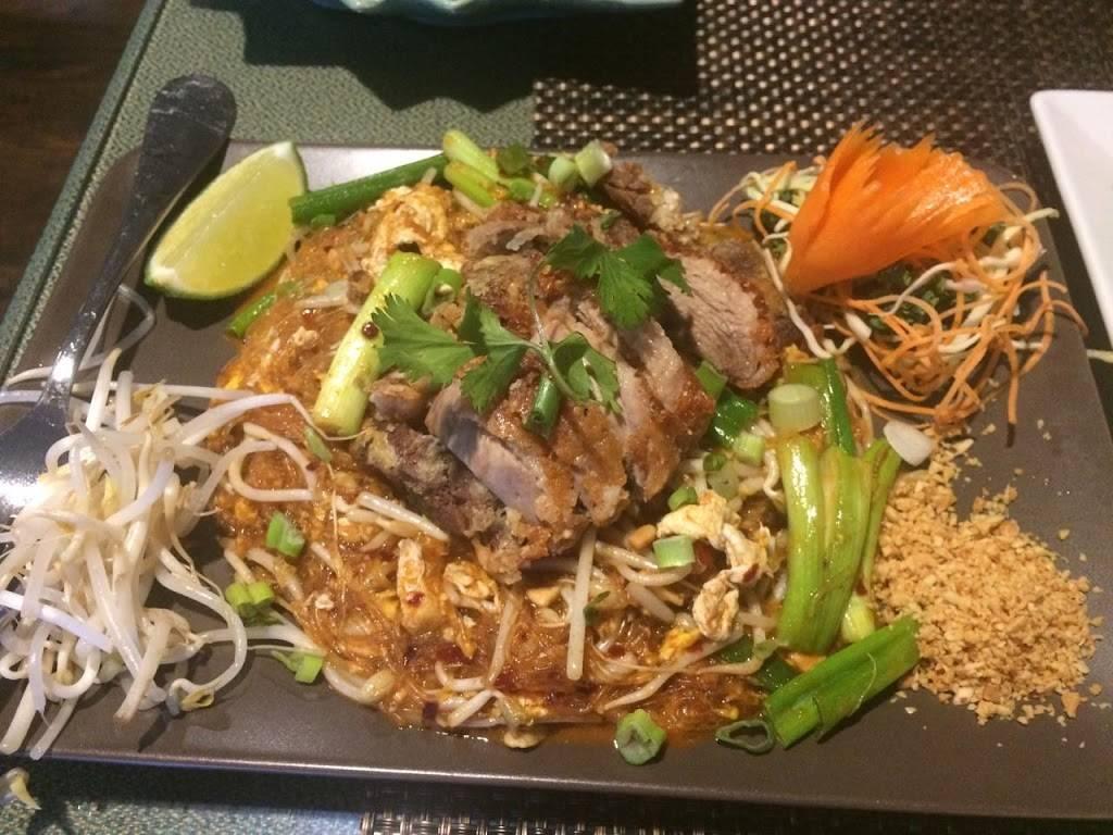 Aloy PatThai Restaurant | restaurant | 4346 Gall Blvd, Zephyrhills, FL 33542, USA | 8133554290 OR +1 813-355-4290