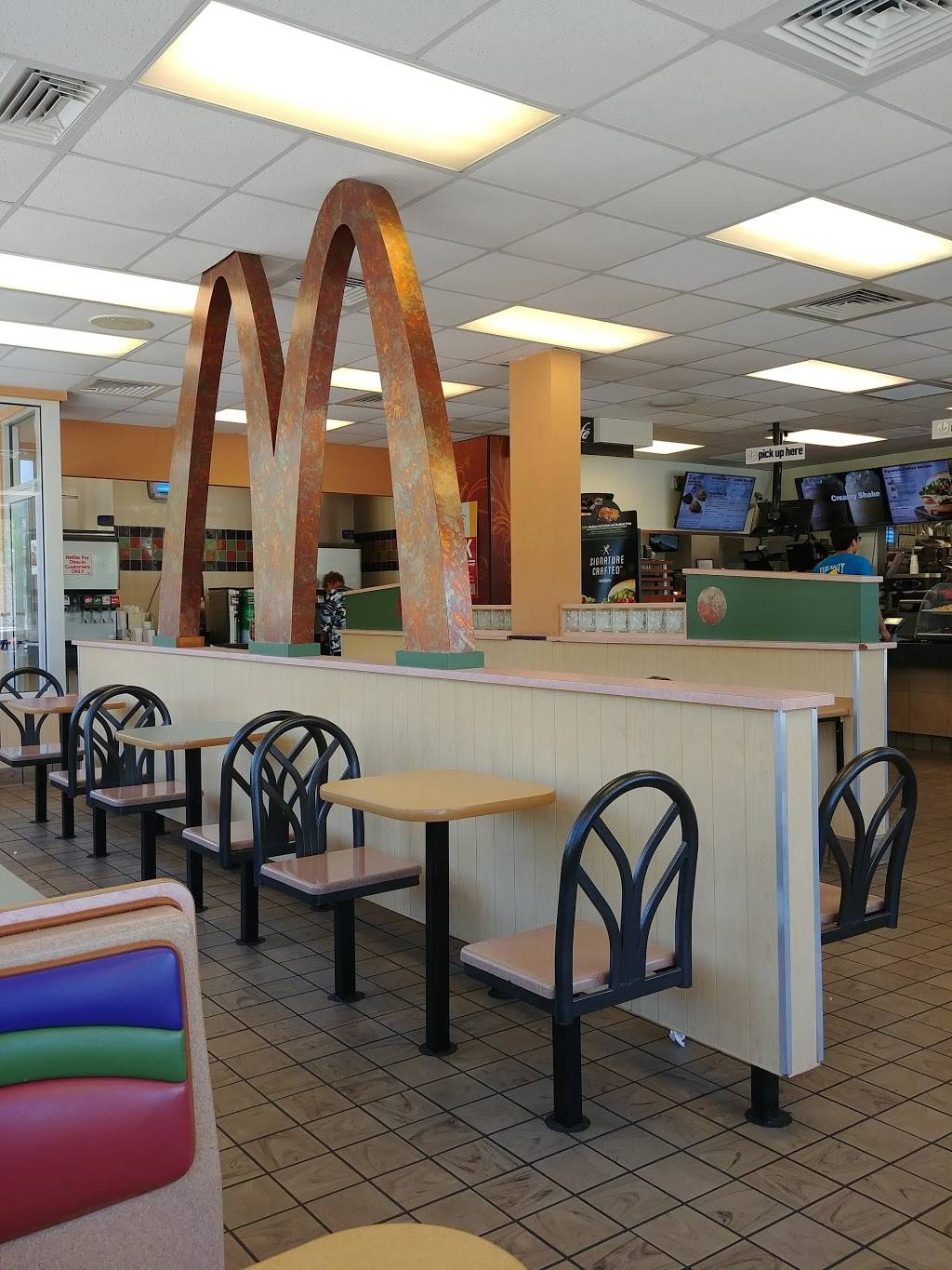 McDonalds | cafe | 627 N Western Ave, West Peoria, IL 61604, USA | 3096761633 OR +1 309-676-1633