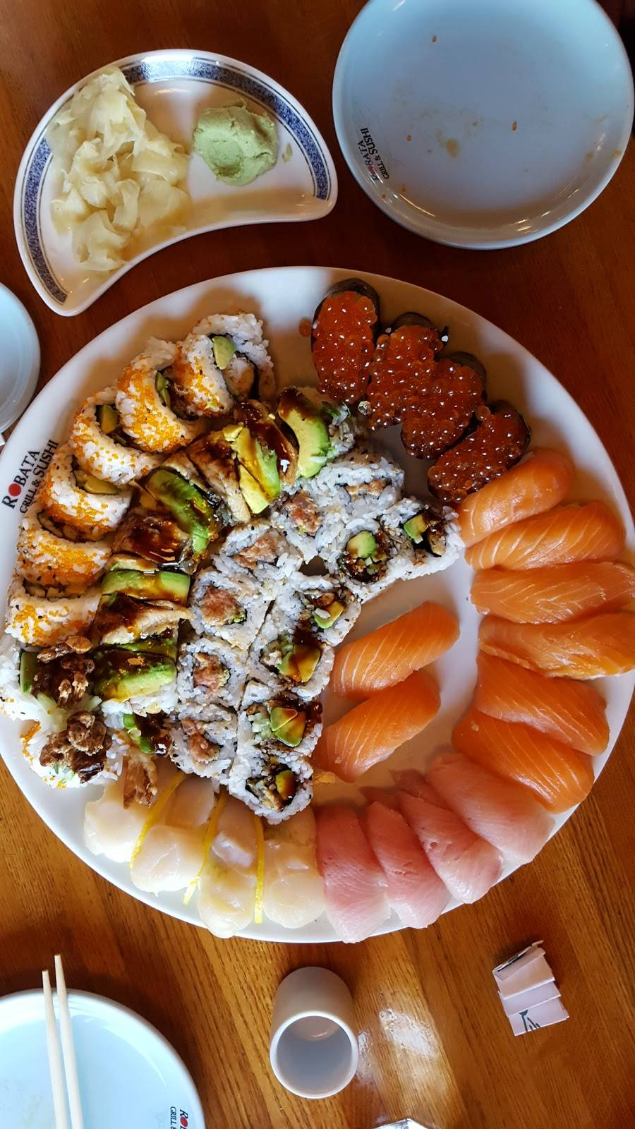 Robata Grill & Sushi | restaurant | 591 Redwood Hwy, Mill Valley, CA 94941, USA | 4153818400 OR +1 415-381-8400