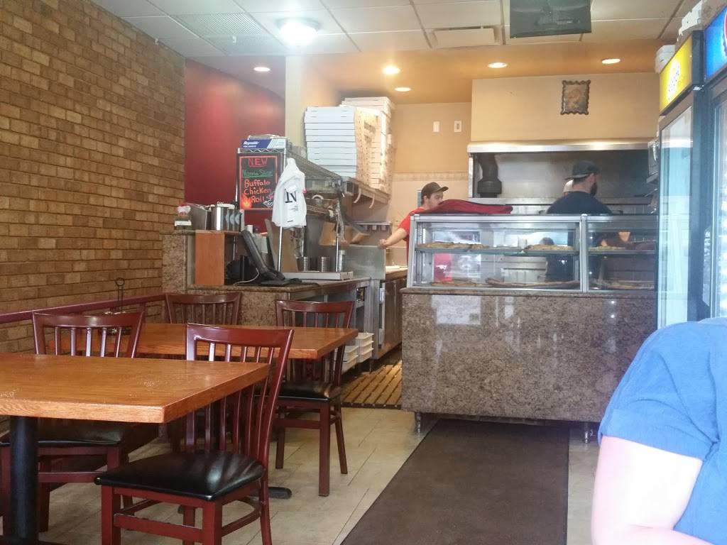 Captains | restaurant | 1056 Morris Park Ave, Bronx, NY 10461, USA | 7188245036 OR +1 718-824-5036
