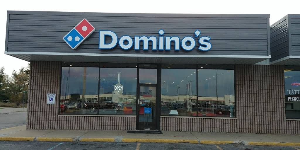 Dominos Pizza | meal delivery | 1435 N Mitchell St Ste A, Cadillac, MI 49601, USA | 2315779900 OR +1 231-577-9900
