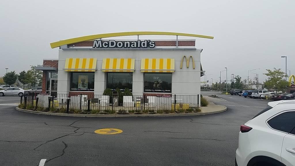 McDonalds | cafe | 840 E Boughton Rd, Bolingbrook, IL 60440, USA | 6307831629 OR +1 630-783-1629