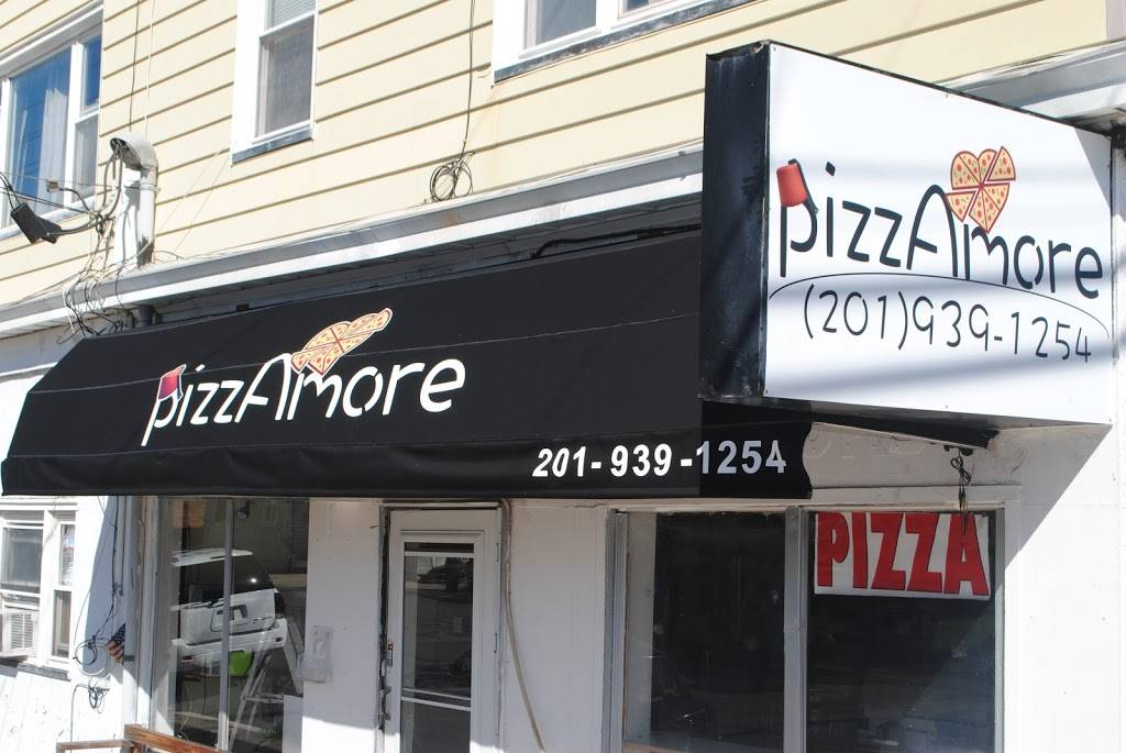 PizzAmore Italian Kitchen | meal delivery | 323 Broad St, Carlstadt, NJ 07072, USA | 2019391254 OR +1 201-939-1254
