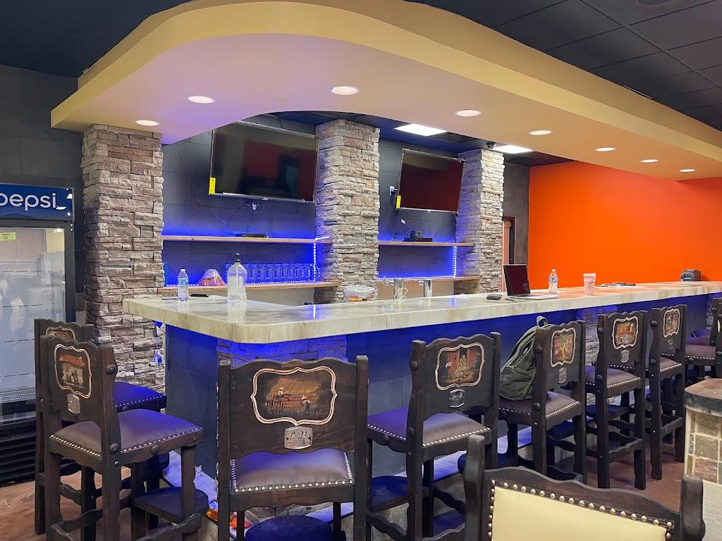 Mi Pueblo Viejo Mariscos Mexican Grill & Bar | restaurant | 2323 Nashville Rd, Bowling Green, KY 42101, USA | 2709042378 OR +1 270-904-2378