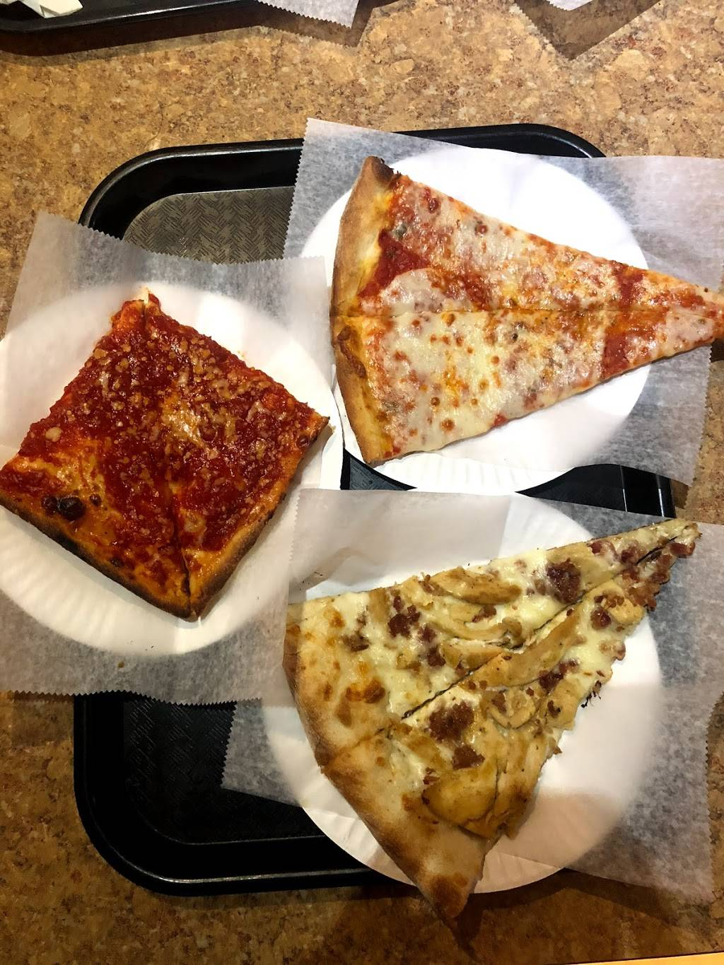 Carmines Pizzeria | meal delivery | 358 Graham Ave, Brooklyn, NY 11211, USA | 7187829659 OR +1 718-782-9659