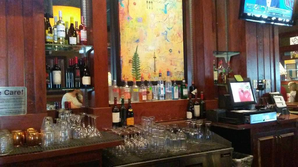 Ruby Tuesday | restaurant | 7611 Thorndike Rd, Greensboro, NC 27409, USA | 3368410066 OR +1 336-841-0066