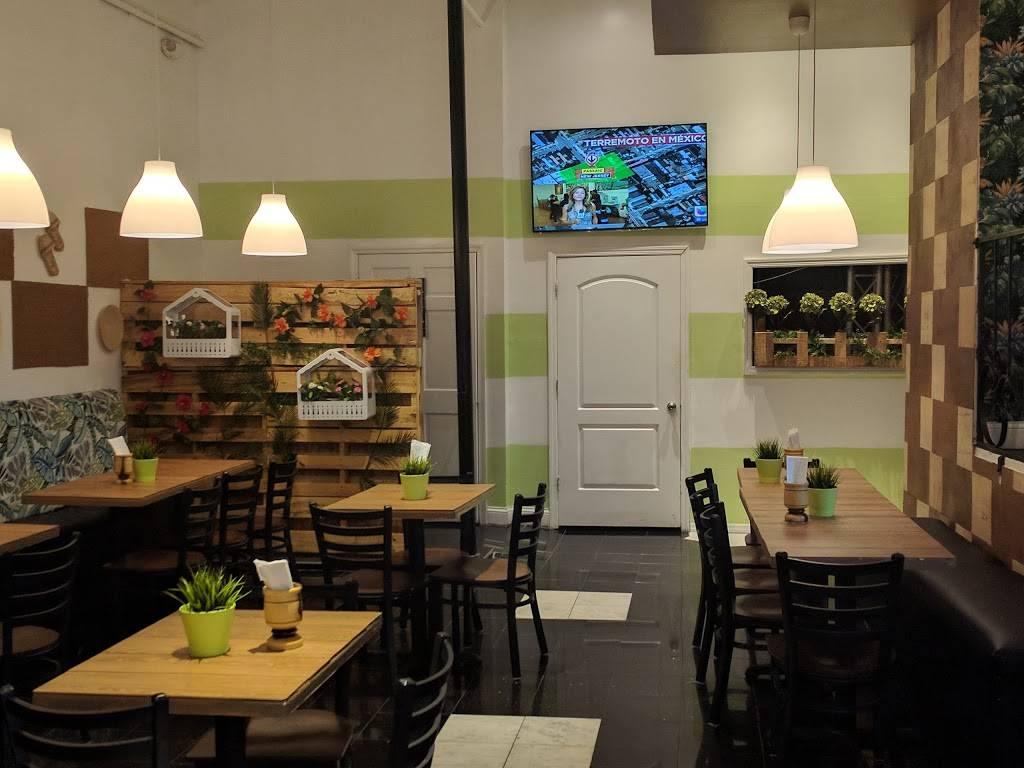 Mofongo El Mocano | restaurant | 985 Morris Ave, Bronx, NY 10456, USA | 7185885103 OR +1 718-588-5103