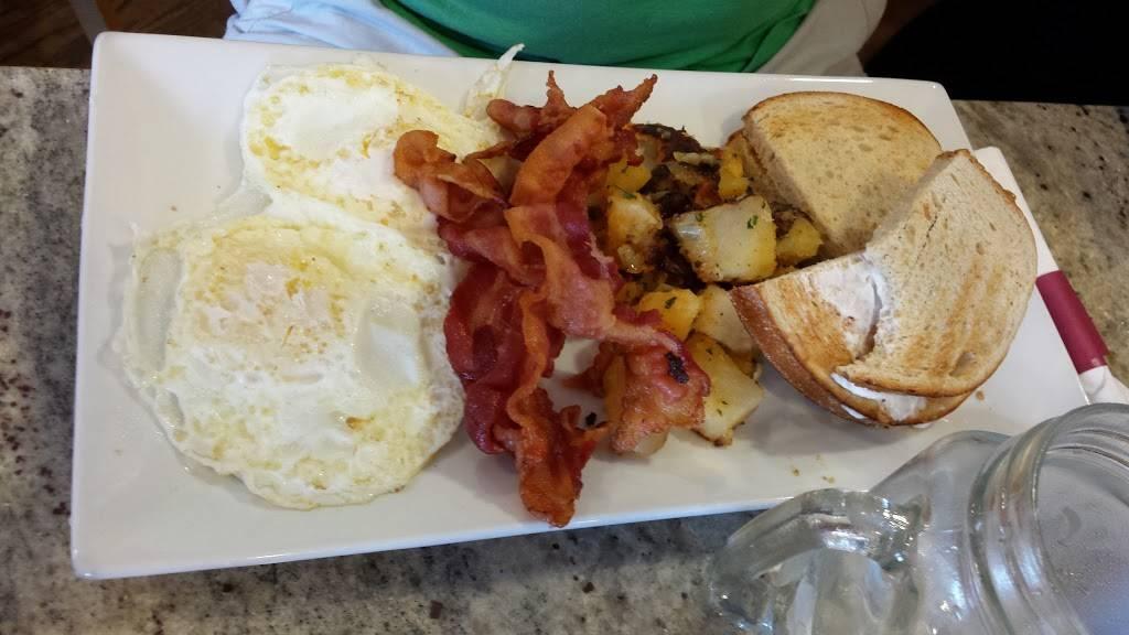 Backstreet Cafe | cafe | 160 Henley Ave, New Milford, NJ 07646, USA | 2014839090 OR +1 201-483-9090