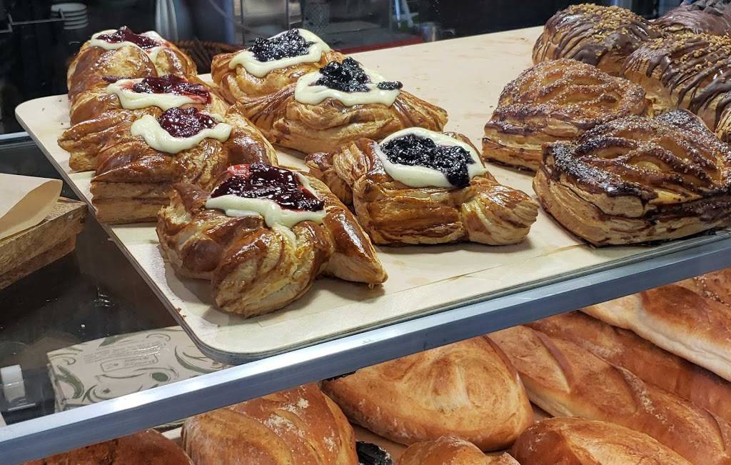 Pan Artesanal Bakery | bakery | 3724 W Fullerton Ave, Chicago, IL 60647, USA | 3122865265 OR +1 312-286-5265