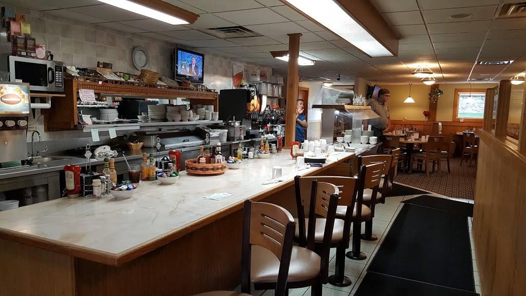 DeForest Family Restaurant | restaurant | 505 W North St, DeForest, WI 53532, USA | 6088466910 OR +1 608-846-6910