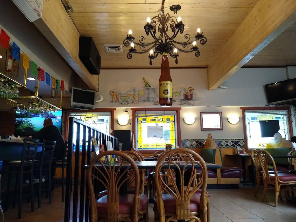 El Gitano   restaurant   1810 Riverside Dr, Mt Vernon, WA 98273, USA   3604245514 OR +1 360-424-5514