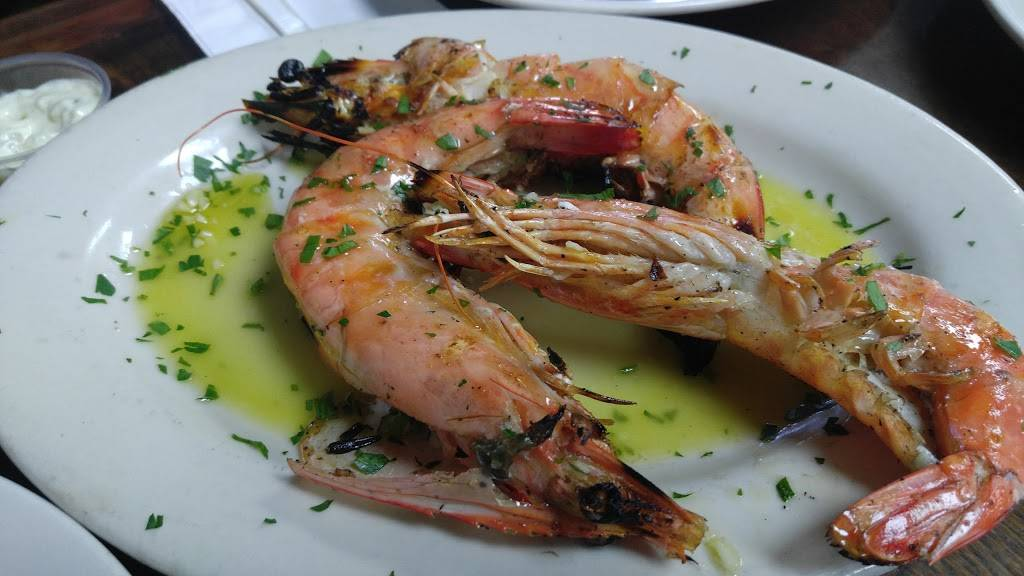 Astoria Seafood | restaurant | 3710 33rd St, Long Island City, NY 11101, USA | 7183922680 OR +1 718-392-2680