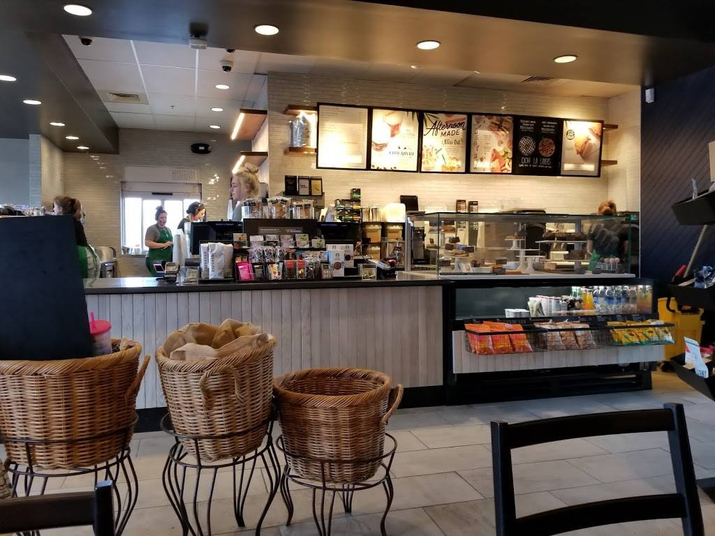 Starbucks | cafe | 256 US-1, Falmouth, ME 04105, USA | 2077812380 OR +1 207-781-2380