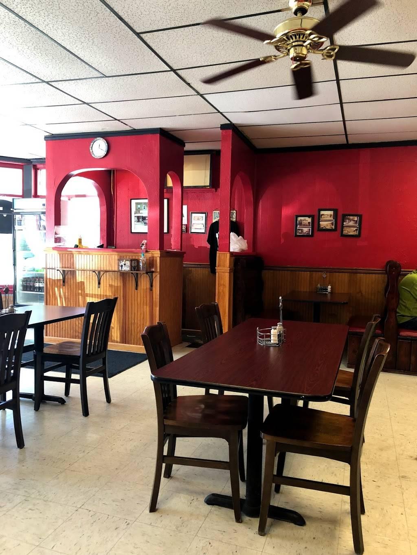 Opals Restaurant | restaurant | 180 W Water St, McKee, KY 40447, USA | 6062871530 OR +1 606-287-1530