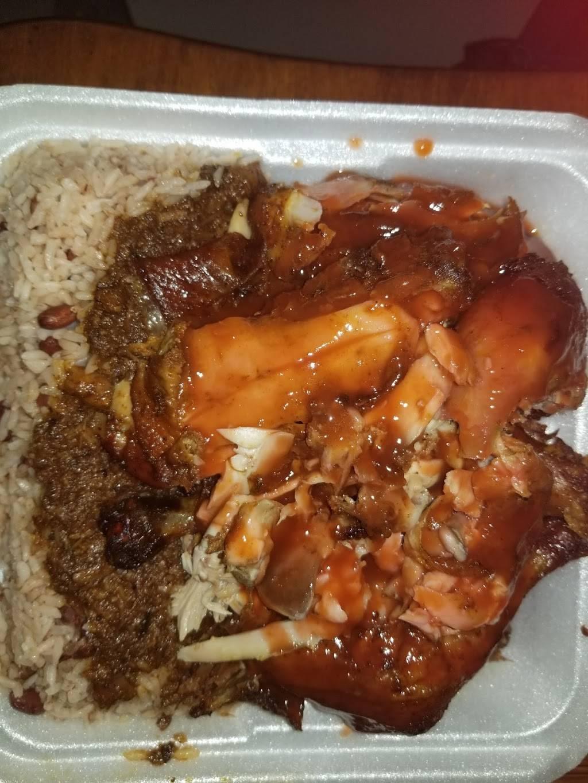 Richie Rich Caribbean Taste Express   restaurant   260 E 167th St, Bronx, NY 10456, USA   3478627542 OR +1 347-862-7542