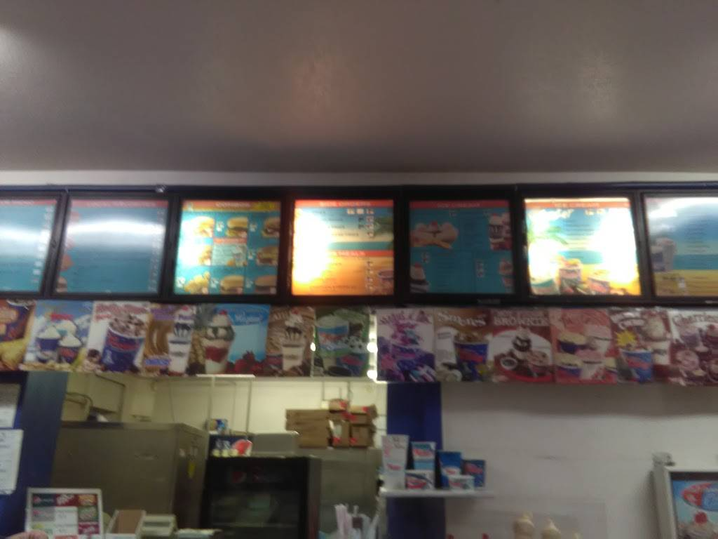 Fosters Freeze | restaurant | 192 S Main St, Porterville, CA 93257, USA | 5597841231 OR +1 559-784-1231
