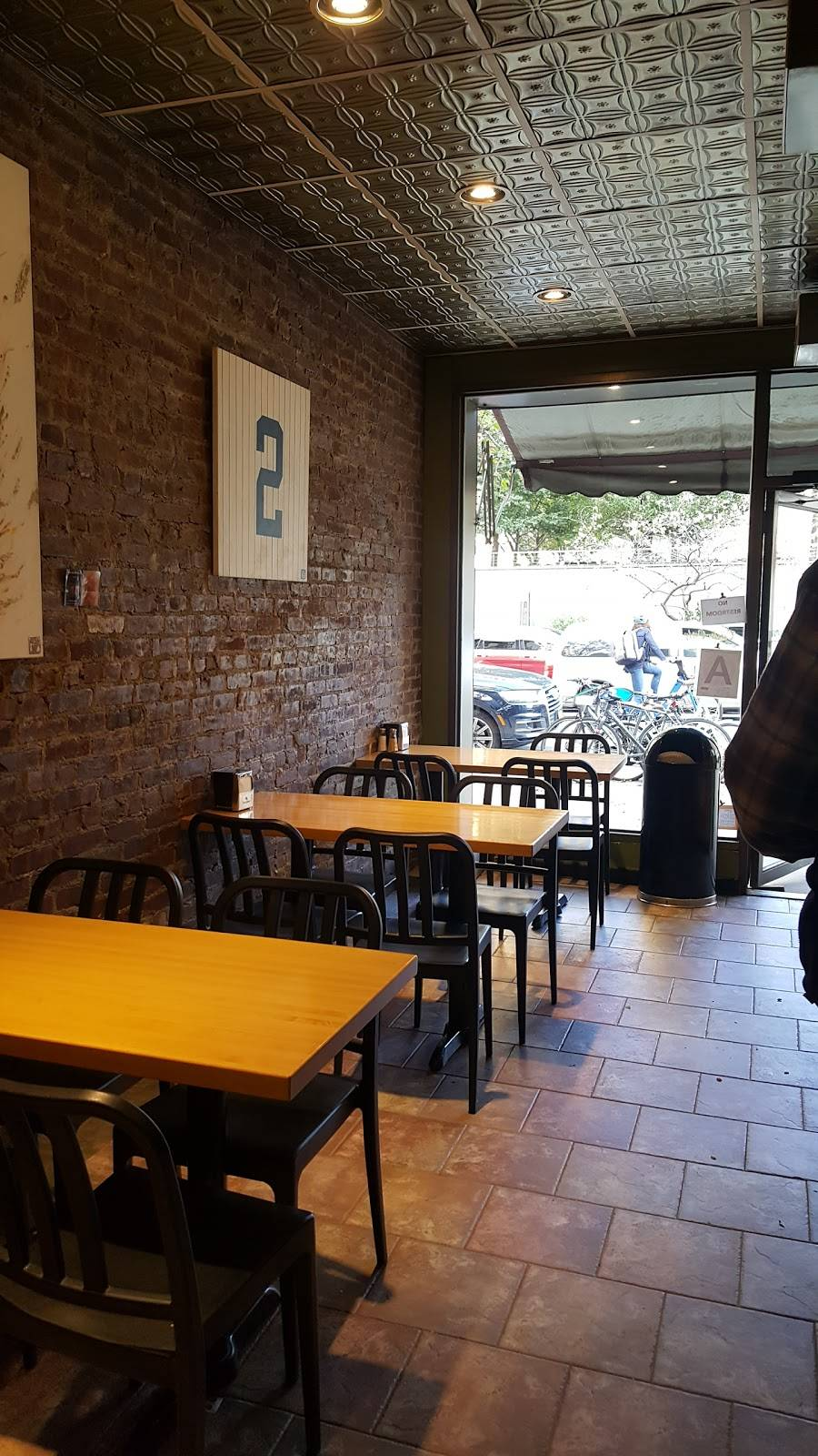 Fascati Pizzería | restaurant | 80 Henry St, Brooklyn, NY 11201, USA | 7182371278 OR +1 718-237-1278
