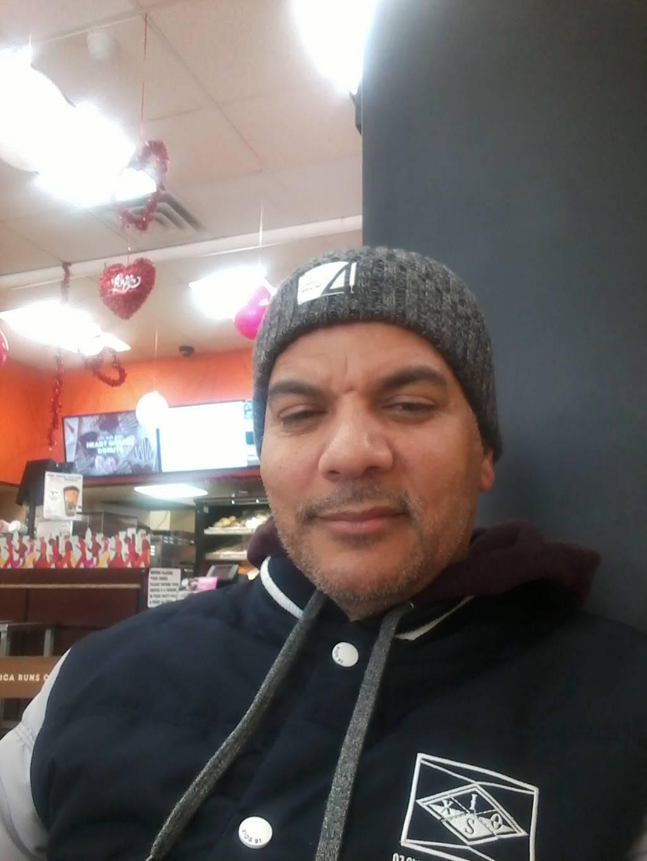 Dunkin Donuts | cafe | 4199 Broadway, New York, NY 10033, USA | 2127951949 OR +1 212-795-1949