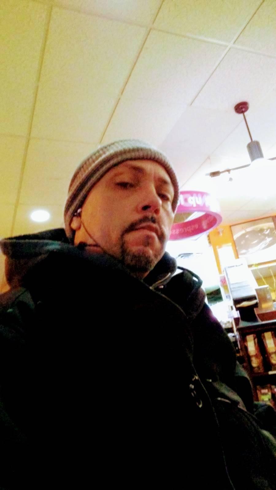 Dunkin | cafe | 213 W 4th St, Bethlehem, PA 18015, USA | 6108659400 OR +1 610-865-9400