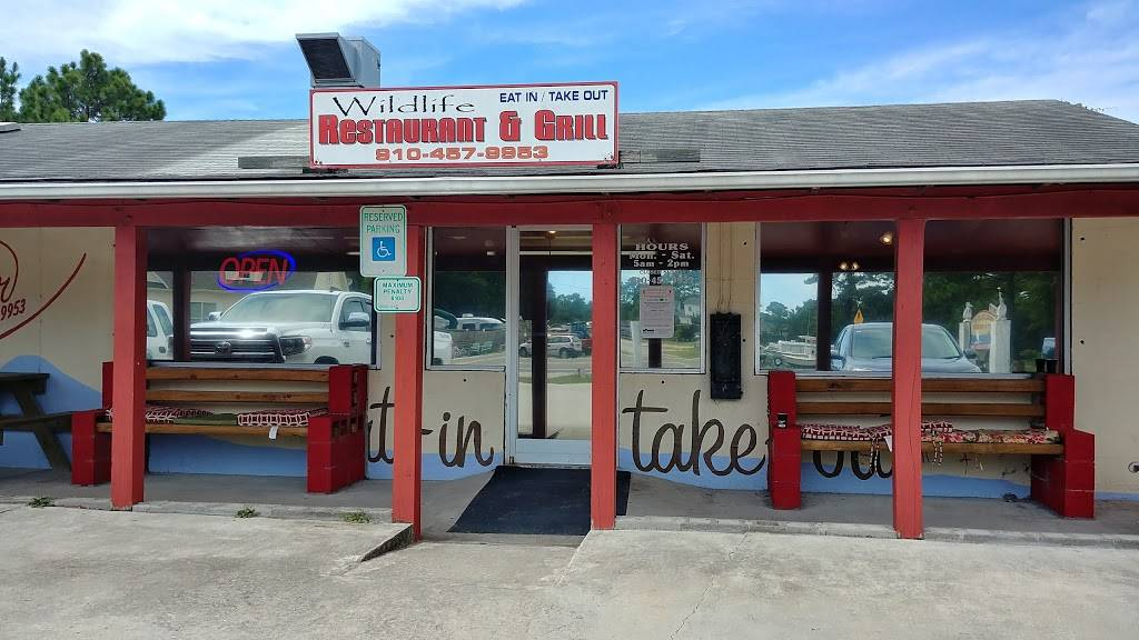Wildlife Restaurant & Grill   restaurant   4381 Fish Factory Rd SE, Southport, NC 28461, USA   9104579953 OR +1 910-457-9953
