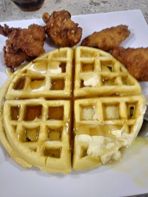 Angies Breakfast Spot | restaurant | 1637 Broadway, Brooklyn, NY 11207, USA | 7185737765 OR +1 718-573-7765