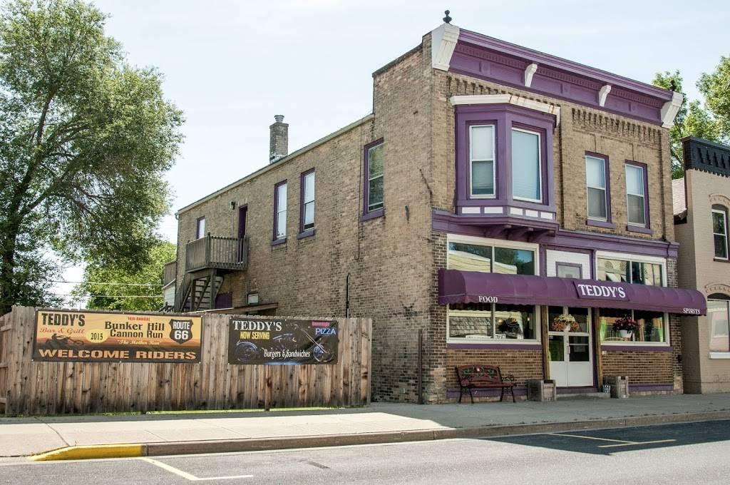 Teddys | restaurant | 118 Lake St, Hustisford, WI 53034, USA | 9203493400 OR +1 920-349-3400