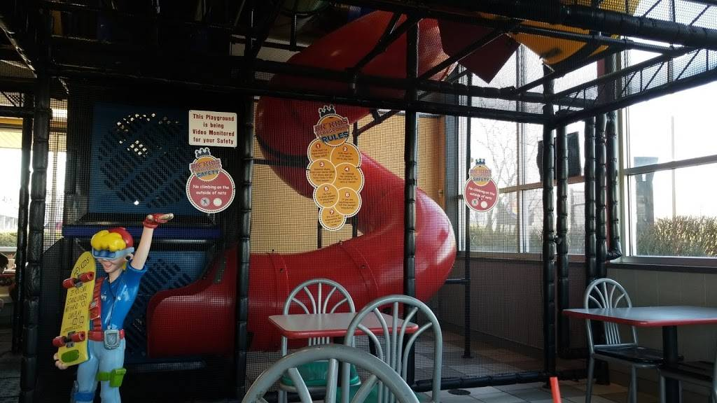 Burger King - Restaurant | 111 East Irving Park Rd