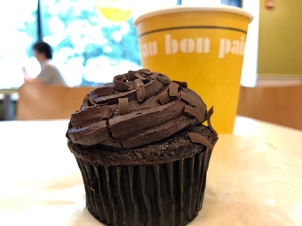 Au Bon Pain | cafe | 6 Union Square E, New York, NY 10003, USA | 2124750453 OR +1 212-475-0453