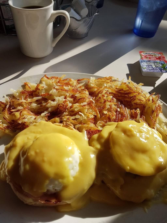 Katie S Country Kitchen Restaurant 40470 Ca 41 Oakhurst Ca 93644 Usa