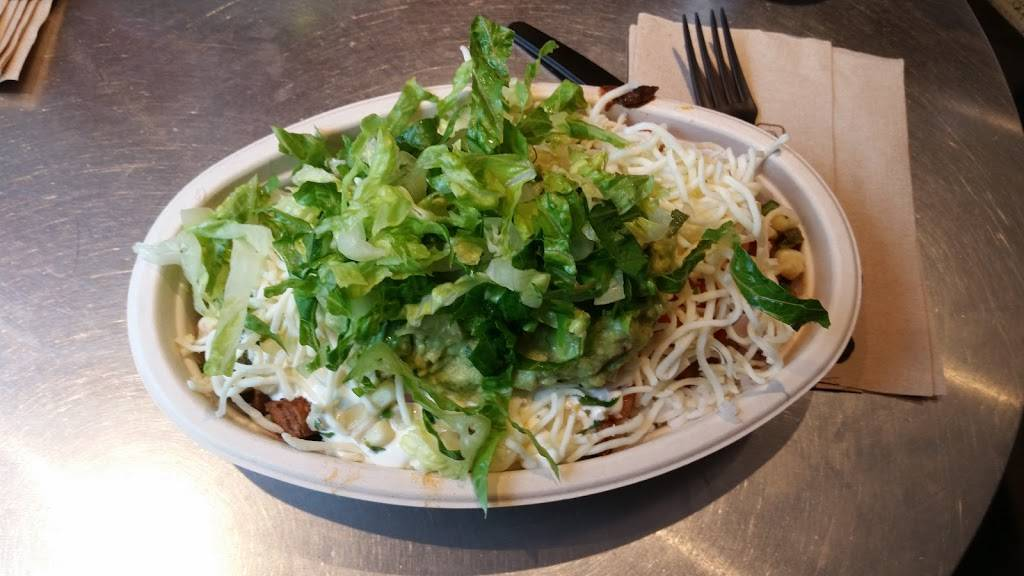 Chipotle Mexican Grill | restaurant | 2843 Broadway, New York, NY 10025, USA | 2122221712 OR +1 212-222-1712