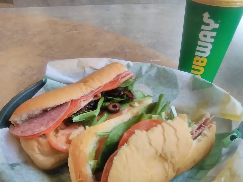 Subway - Restaurant  5 S Main St, Fall River, MA 5, USA