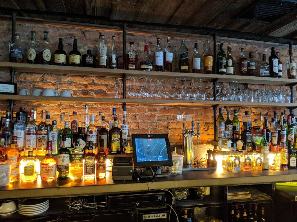 Ichabods | restaurant | 15 Irving Pl, New York, NY 10003, USA | 2127775102 OR +1 212-777-5102