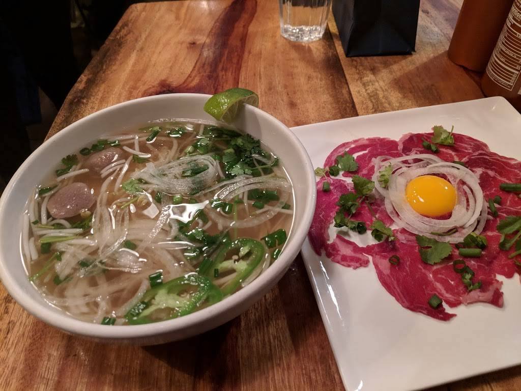 Mama Pho (Bedford Ave) | meal delivery | 172 Bedford Ave, Brooklyn, NY 11249, USA | 3478449163 OR +1 347-844-9163