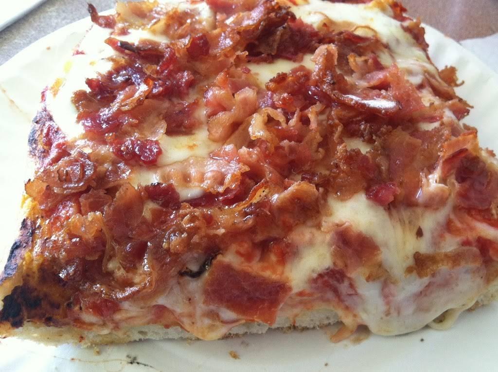 Circle Pizza   meal delivery   112 Hugh J. Grant Cir, Bronx, NY 10472, USA   7188221766 OR +1 718-822-1766
